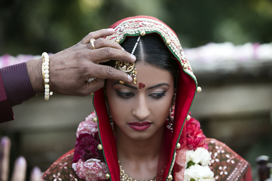 armilla beauty agency make up indian bride